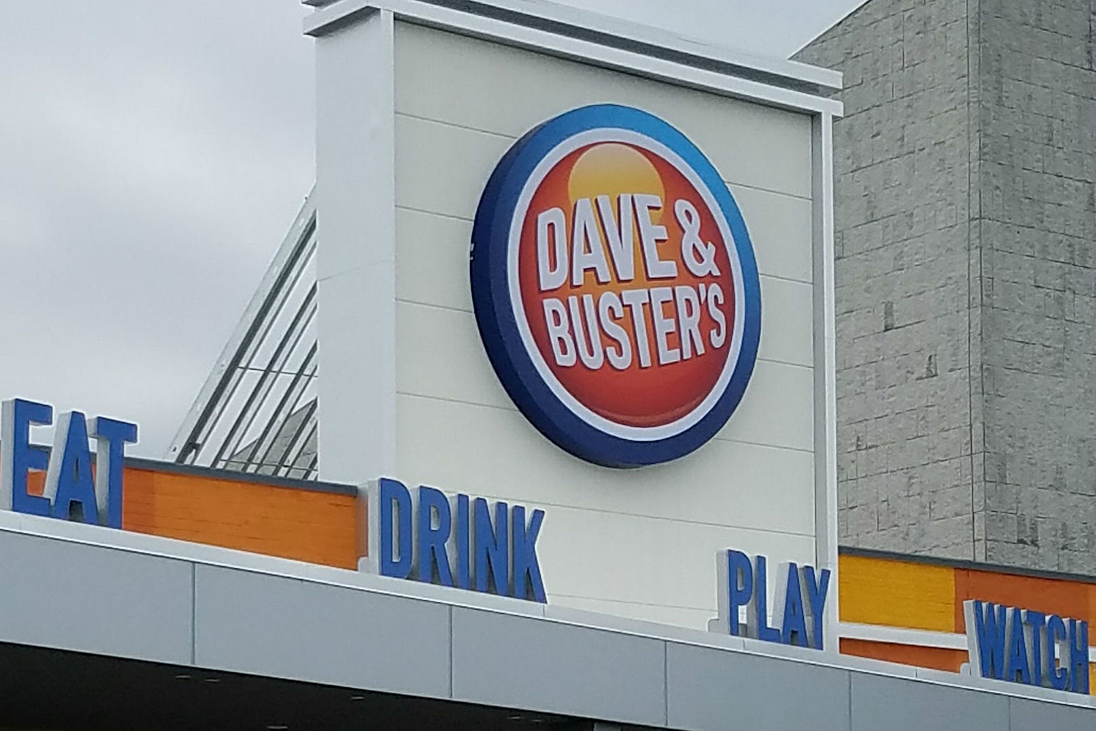 A new Dave & Buster's is coming to NJ — its 3rd in Garden State