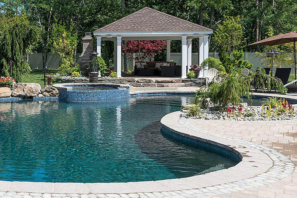 5 Tips For Designing Your Dream Backyard Pool