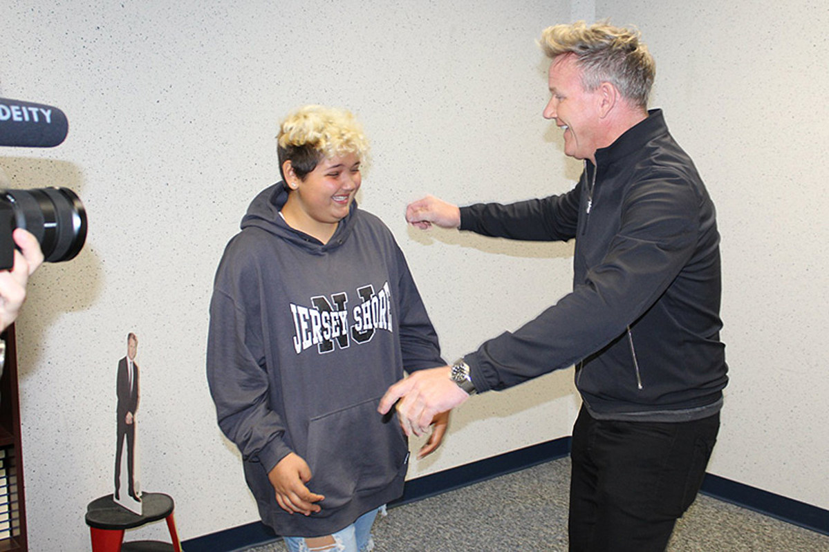 Gordon Ramsey visits NJ girl with cancer at school, donates $10K