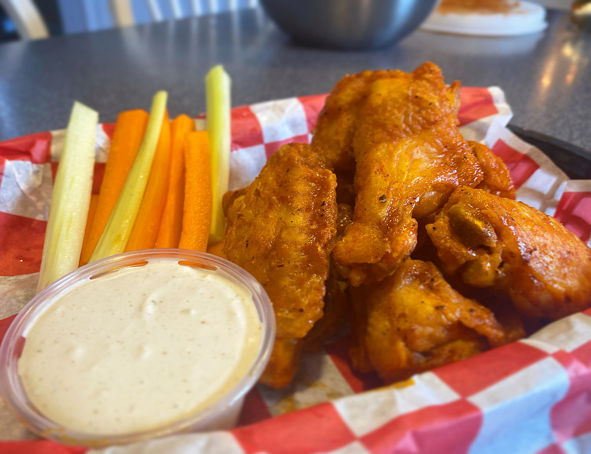 Super Sunday Air-Fryer Hot Wings — Foodie Friday
