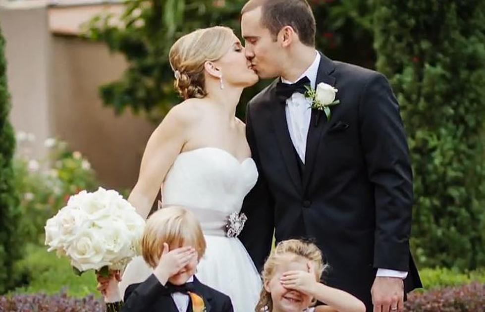 Kelly Clarkson Wedding.Kelly Clarkson Celebrates Getting Married In Tie It Up Video
