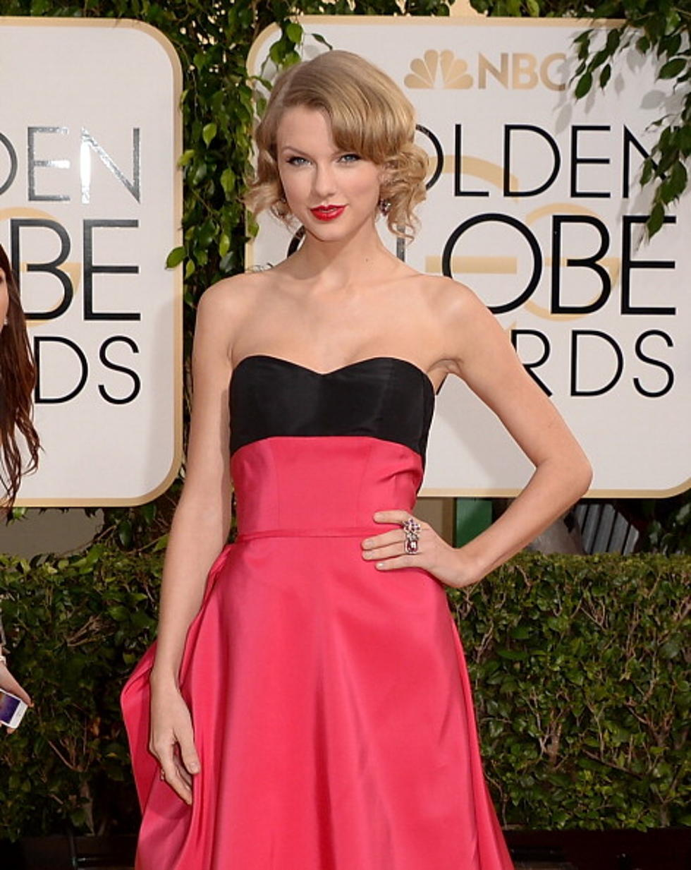 Tina Fey Slams Taylor Swift Again At Golden Globes