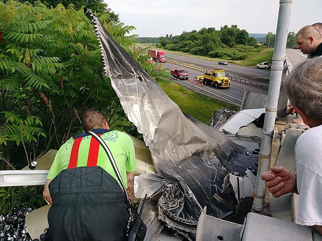 Tractor Trailer Crash on New York State Thruway Kills Driver