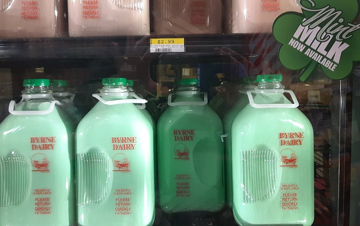 Must Be St Patricks Day In Cny Mint Milk Is Here