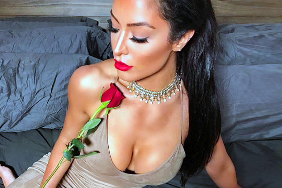 Babe of the Day: Natalie Eva Marie