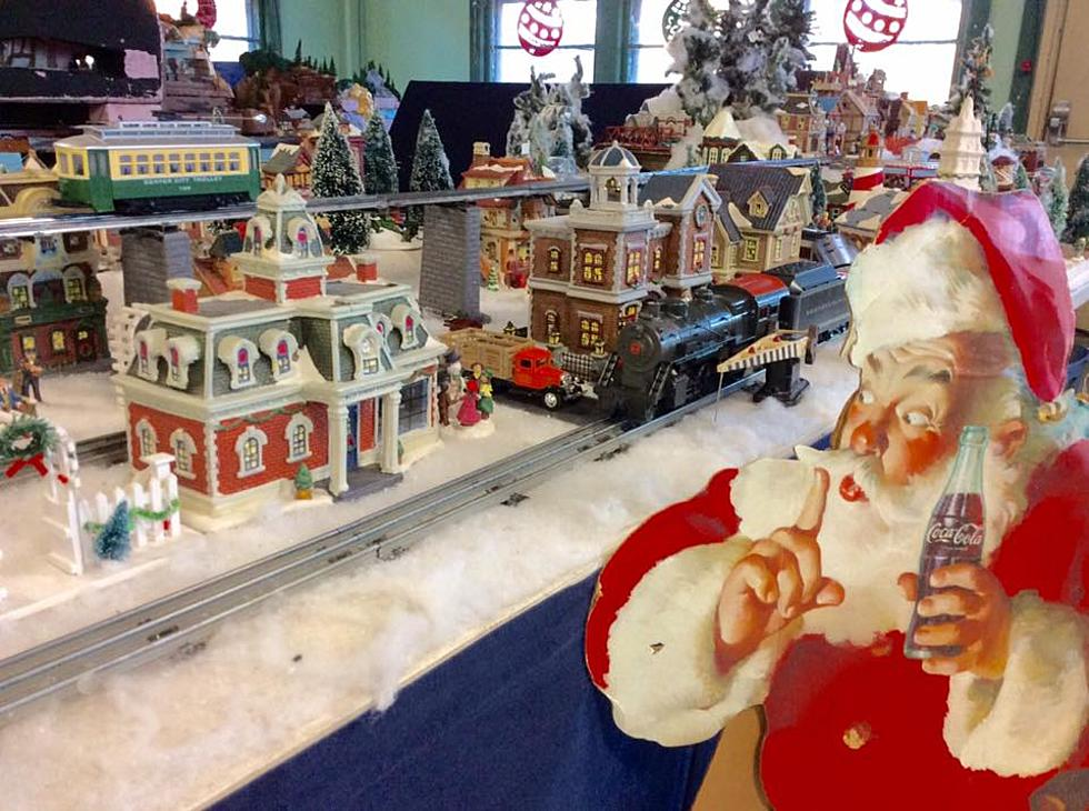 Christmas Model Railway.Shore S Largest Model Train Christmas Show Is Amazing