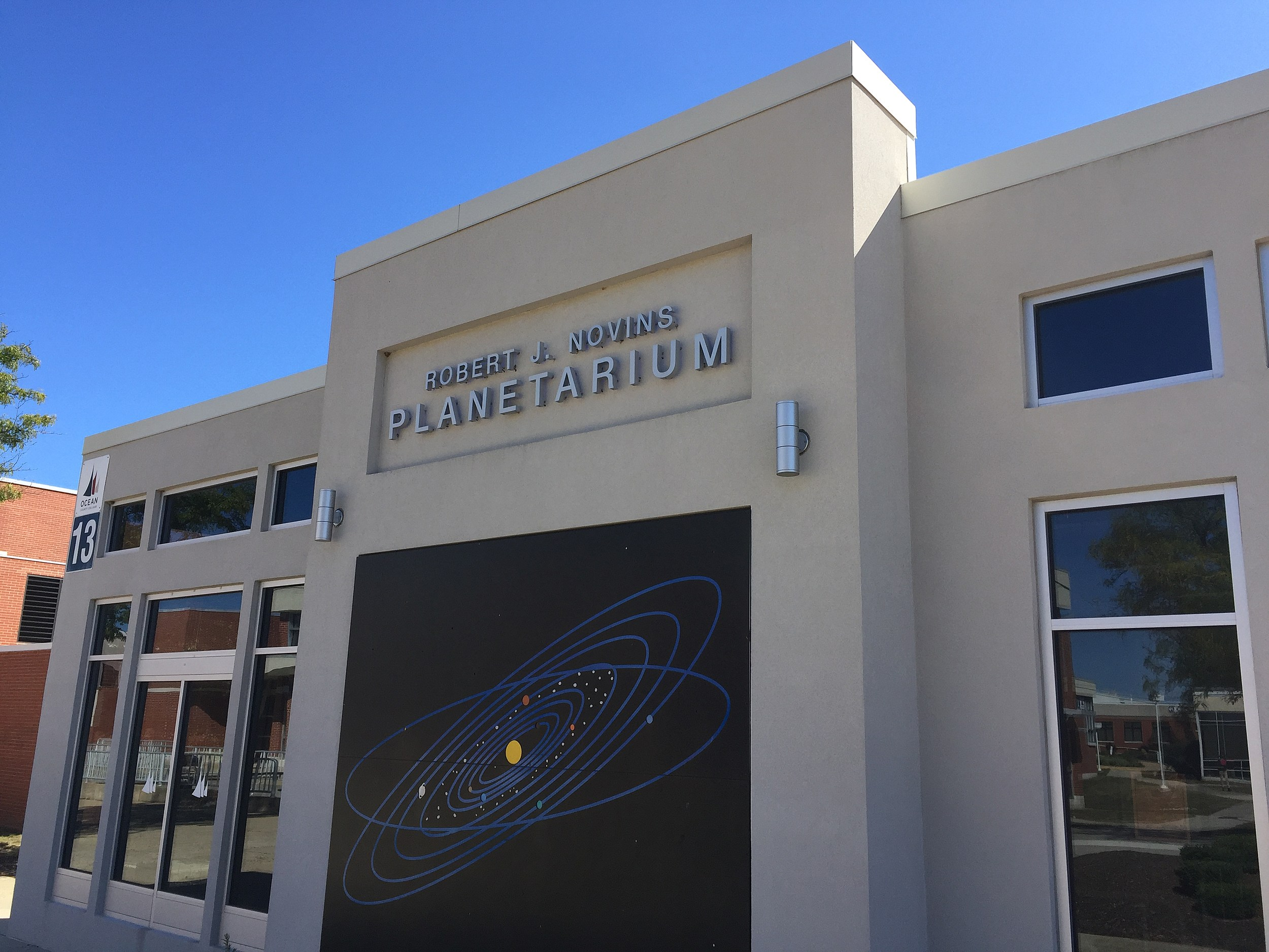 One of 'La La Land' stars is a former OCC planetarium projector