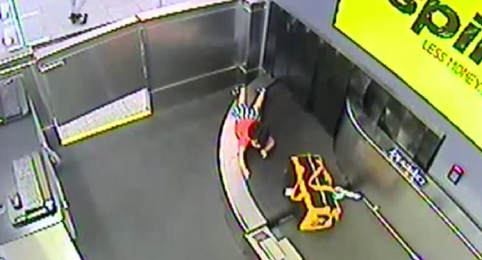 Watch 2-Year-Old Get Swept Away on Spirit Air Conveyor Belt