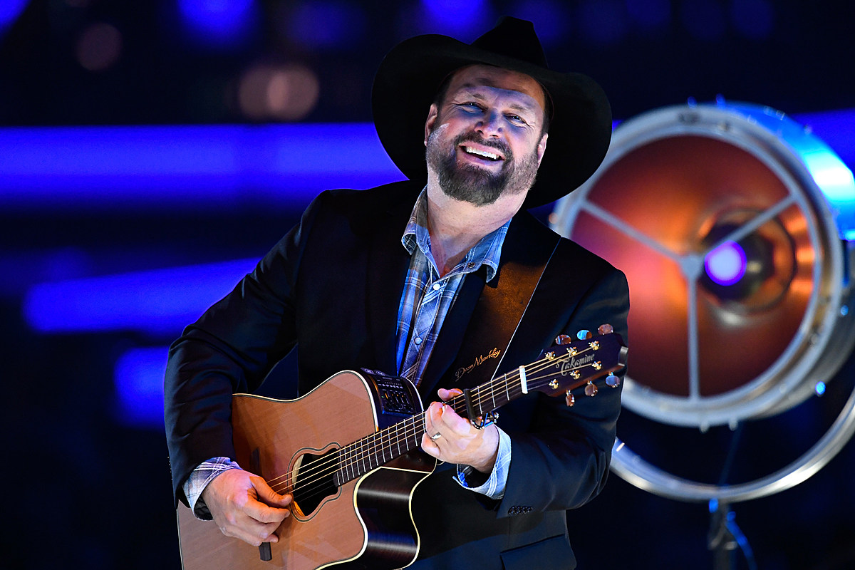 How To Win and How Not to Win Garth Brooks Tickets - catcountry1073.com