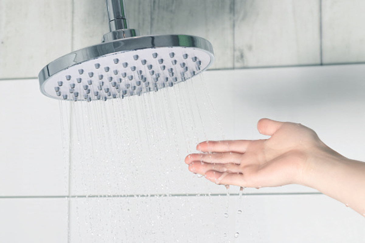 Another COVID-19 Pandemic Realty: People are Bathing Less - wpgtalkradio.com