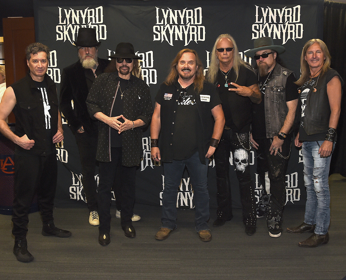 more dates added to lynyrd skynyrd farewell tour in cny. Black Bedroom Furniture Sets. Home Design Ideas