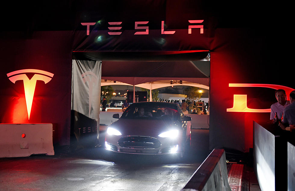 Grand Rapids Auto Parts >> Electric Car Leader Tesla Motors Has Bought A Grand Rapids Auto