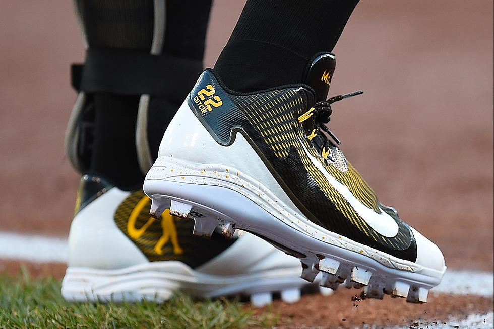 Acercarse Comercialización módulo  Swoosh up Front: Nike to Replace Under Armour for MLB