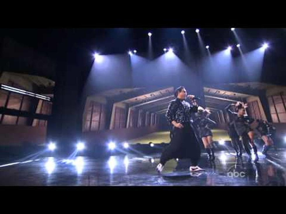 """PSY And MC Hammer """"Gangnam Style"""" Performance At The AMA's"""