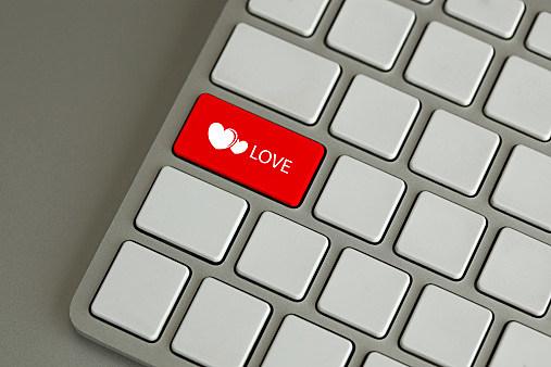 Craigslist fart dating som er JLo dating nå 2013