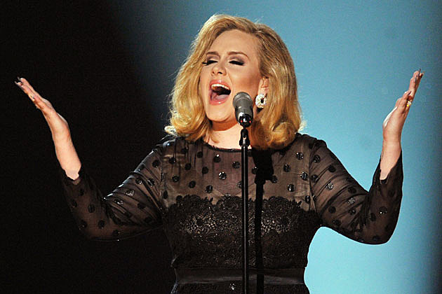"2013 Oscars: Adele Will Perform ""Skyfall"" Live For the First"
