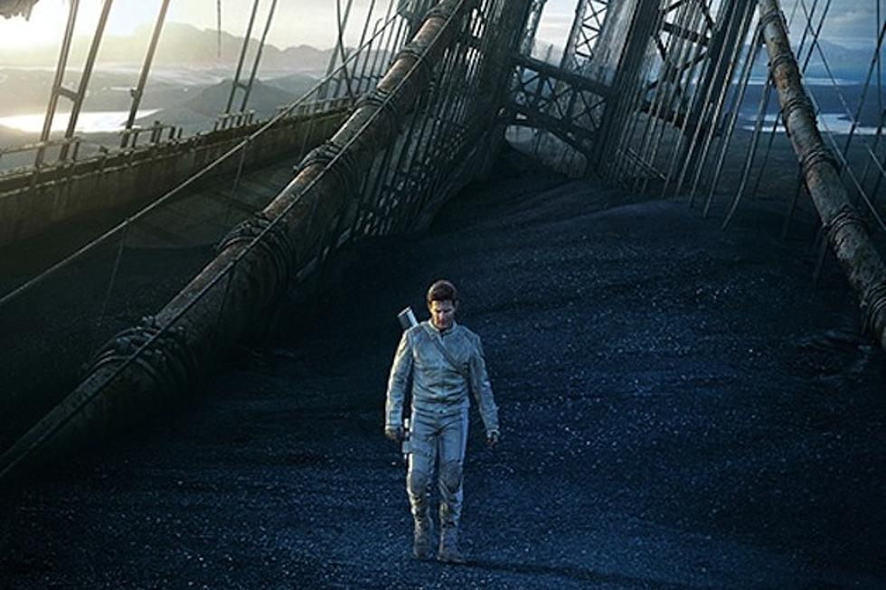 New 'Oblivion' Posters: Tom Cruise and Morgan Freeman Face the End