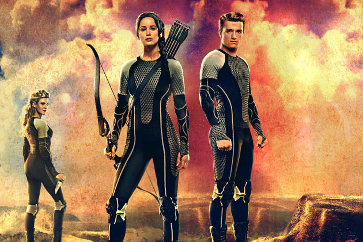 Hunger Games Catching Fire Victory Banner Shows Off The Entire Cast