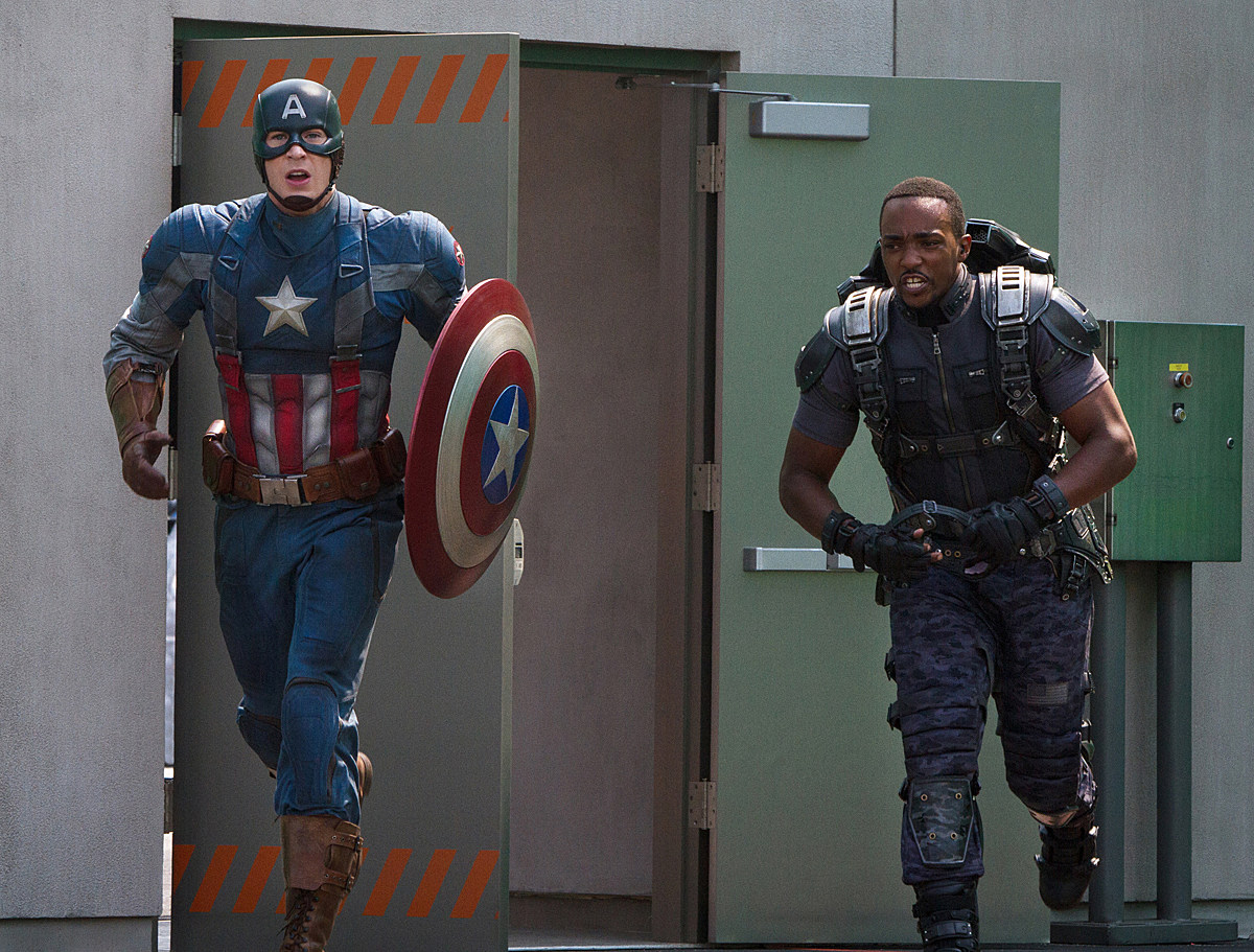 Captain America 2' Pics Debut Anthony Mackie's Falcon