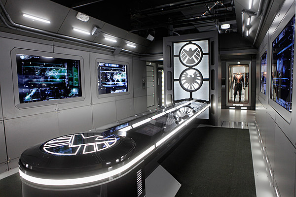 Exhibition Stand Las Vegas : Marvel s avengers t a i o n inside the exhibit