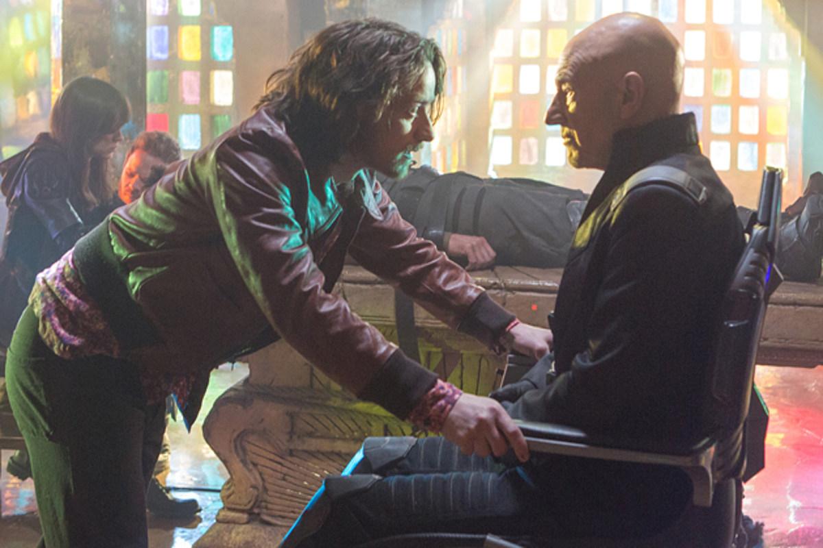 How Is Professor X Walking in 'X-Men: Days of Future Past'?