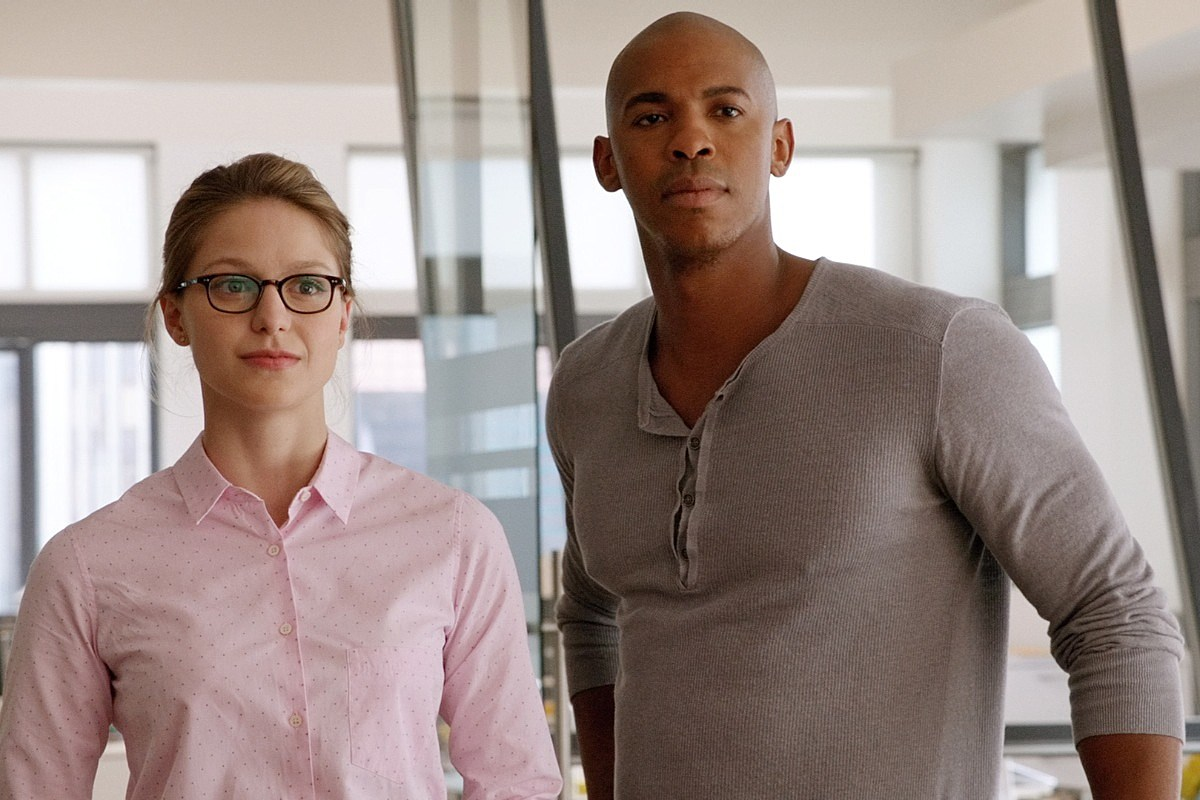 Review: 'Supergirl' a Bright Beacon, With Cloudy Skies Ahead
