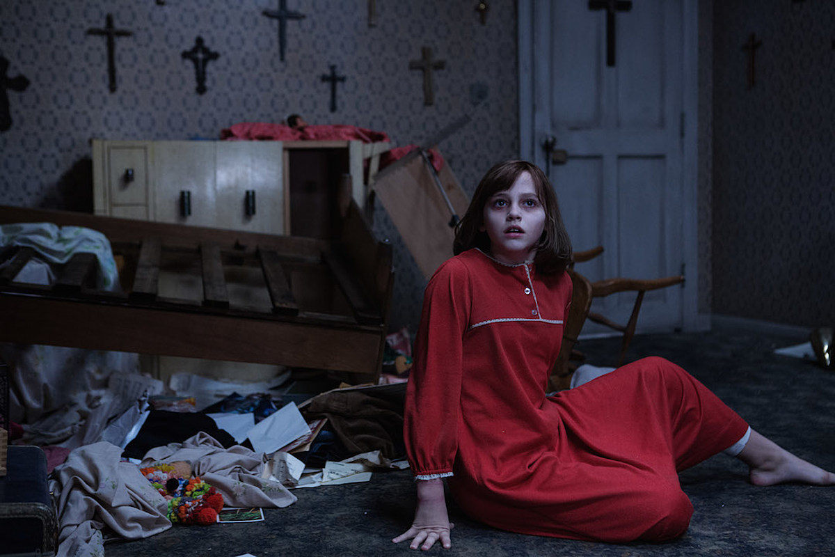 The Conjuring 2' Review: The Haunted House Movie Done Wrong