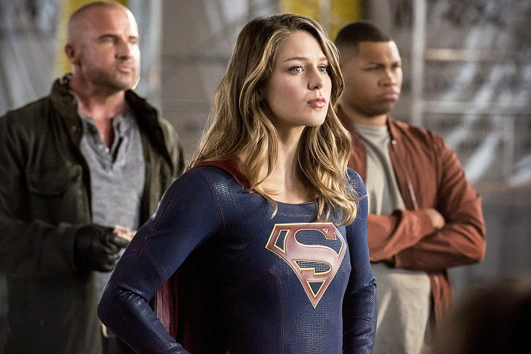 Supergirl' Romance, Dominators and More Cut From Crossover