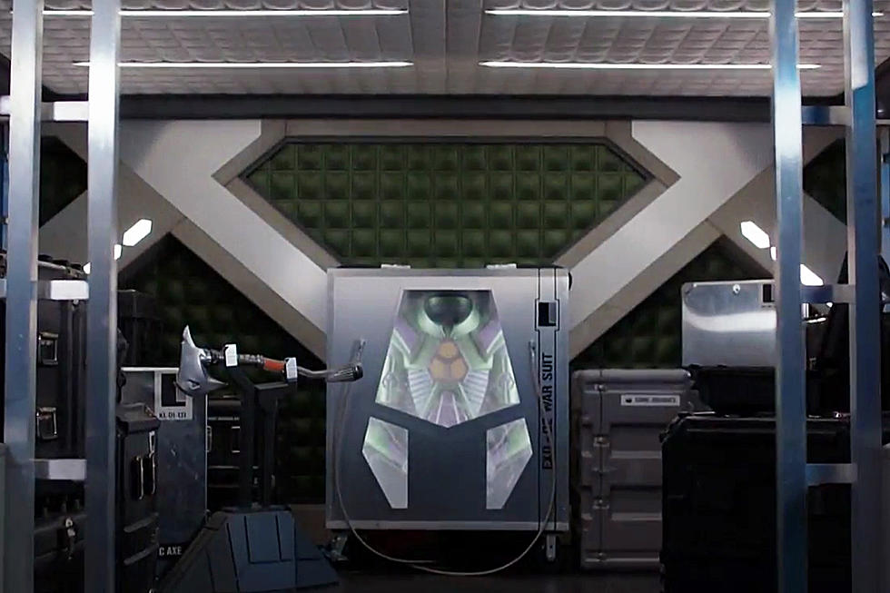 Supergirl' Teases Lex Luthor's Battle Armor in New Trailer