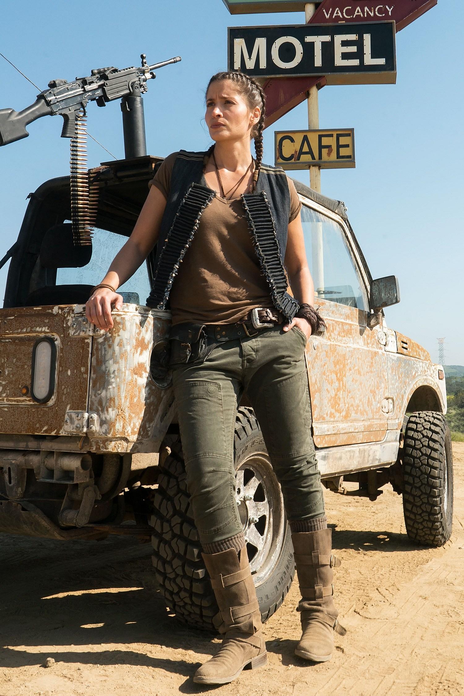 Fear The Walking Dead' Season 3 Teaser Sets June Premiere