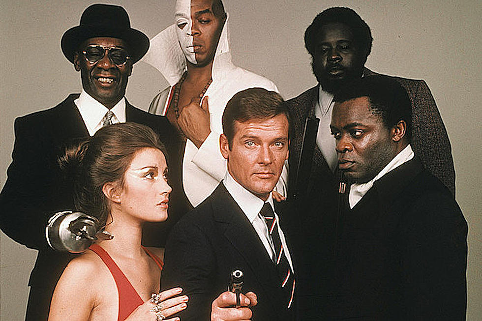 Watch Roger Moore S Best James Bond Moments