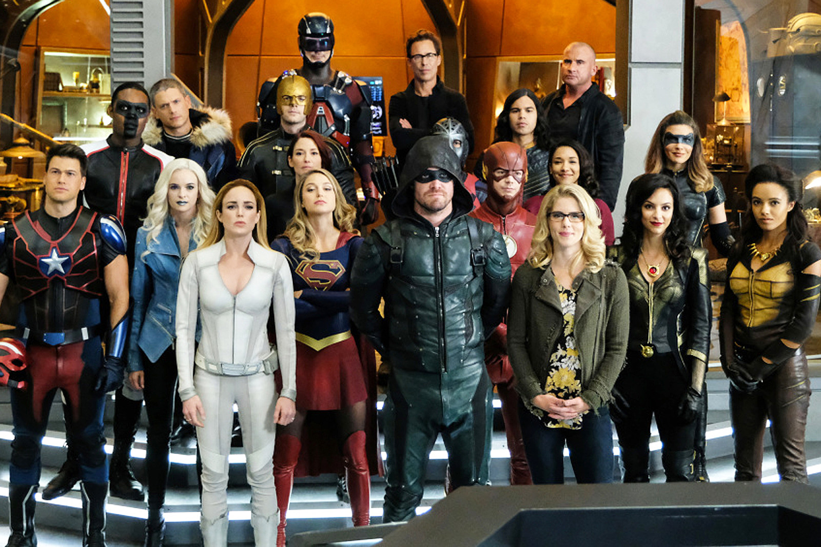 25 Arrow Flash Supergirl And Legends Crossovers Ranked
