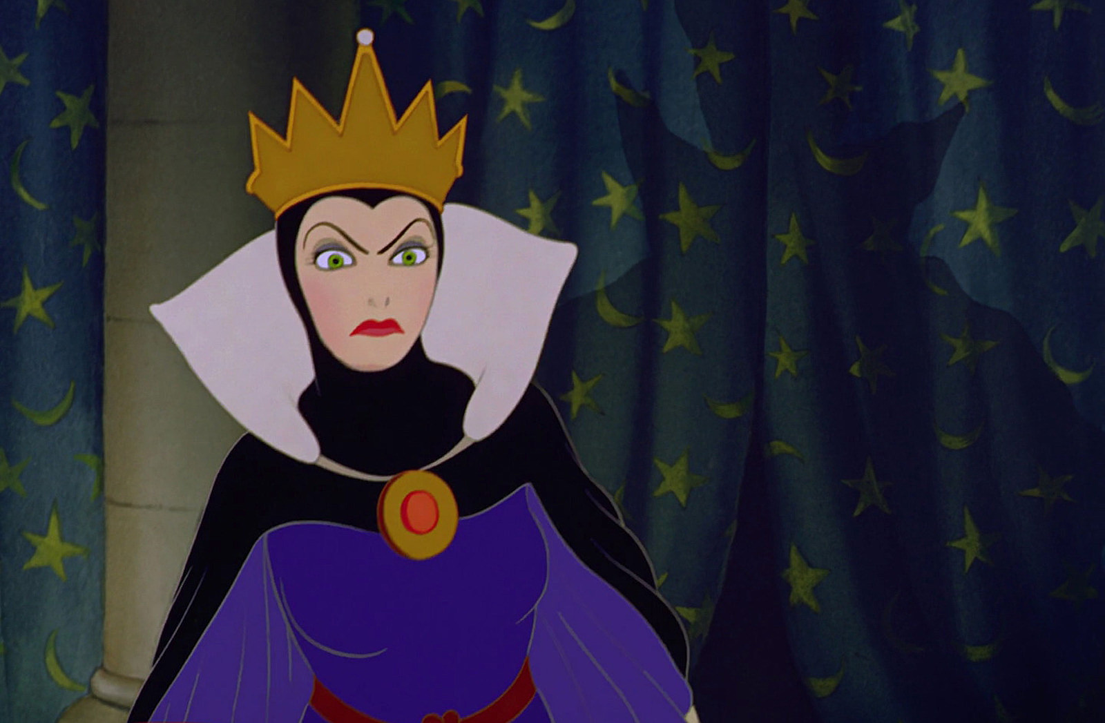 Images - Snow White and the Queen