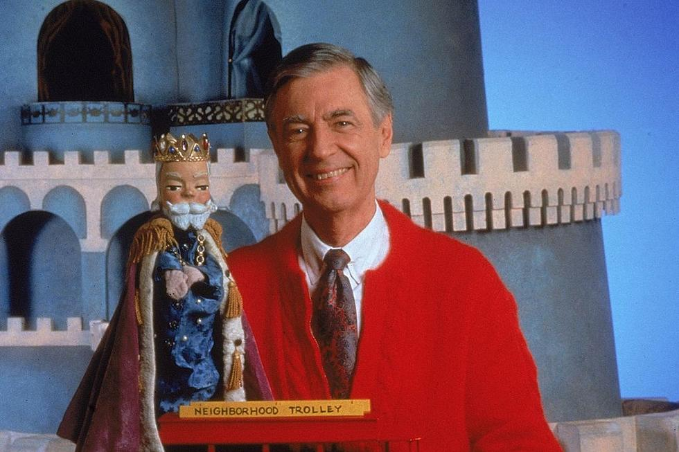 Pbs Hosting Free Screening Of Mr Rogers Documentary In Amarillo
