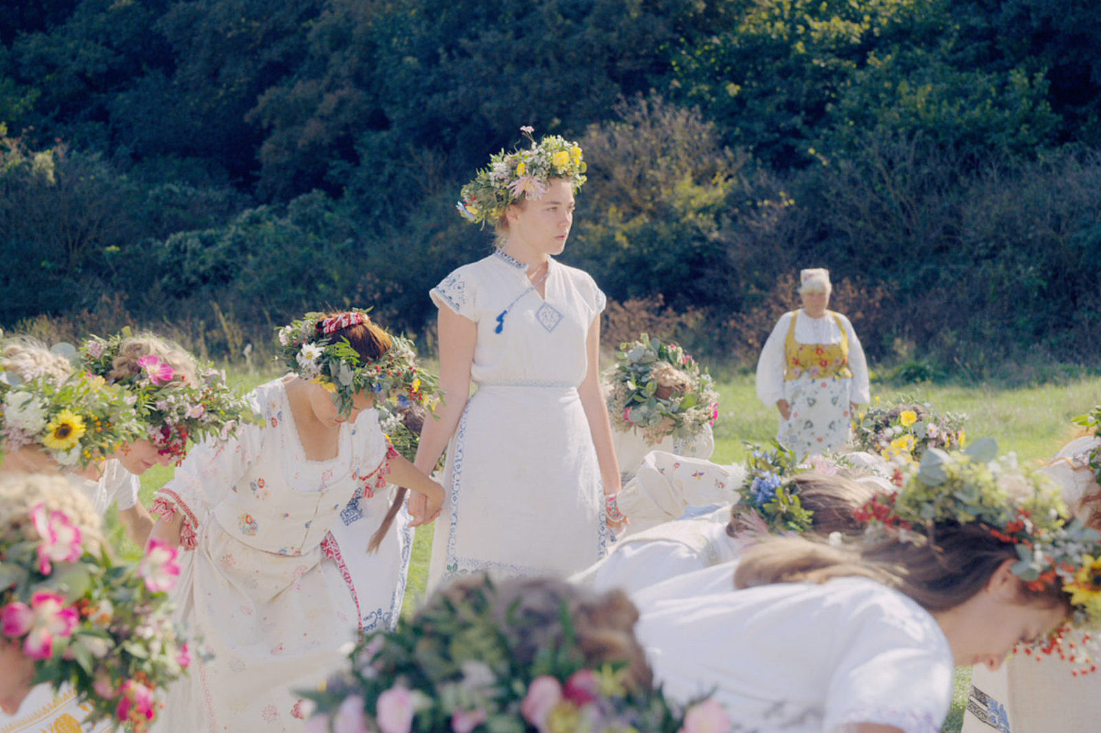 Midsommar Review: The Horrors of Love (and Bizarre Pagan Rituals)