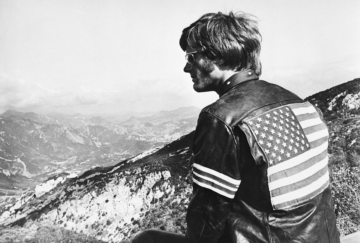 Peter Fonda, 'Easy Rider' Star and Hollywood Icon, Dies at 79