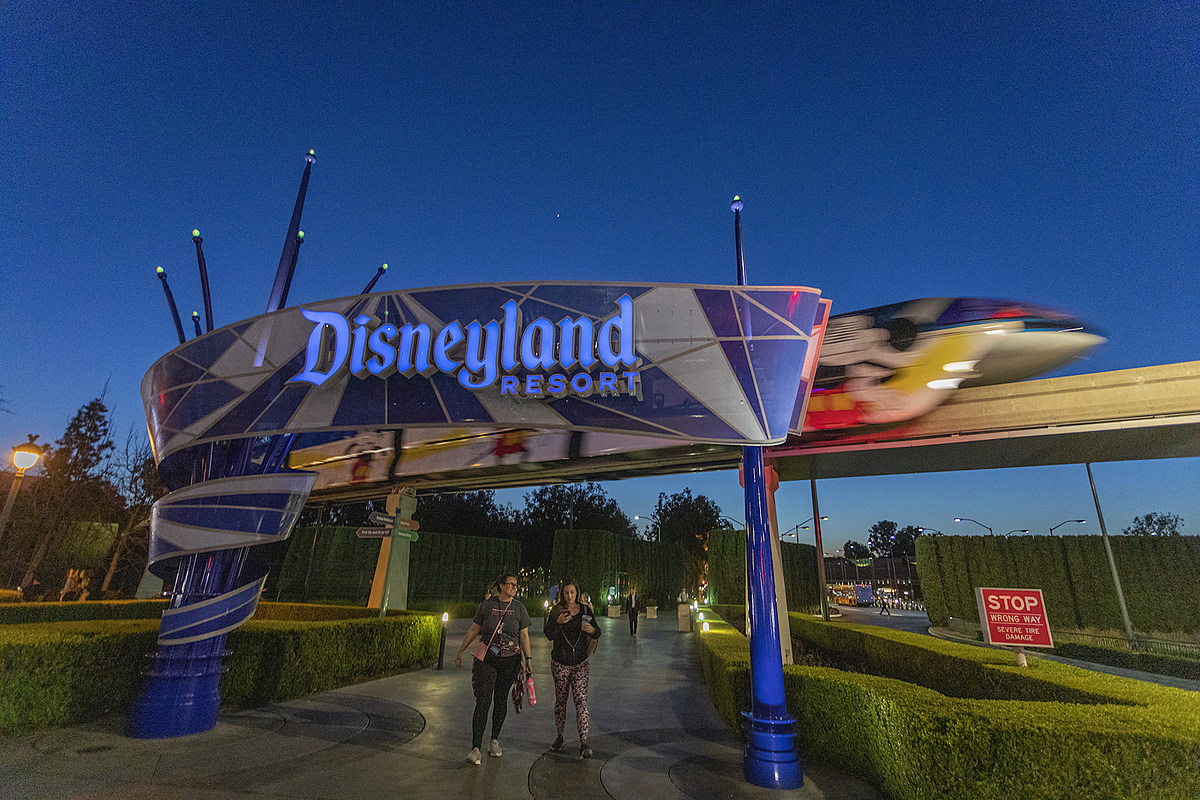 Disneyland Close Historic Calif Bungalow 9: Disneyland Is Closing For Just The 4th Time Ever For