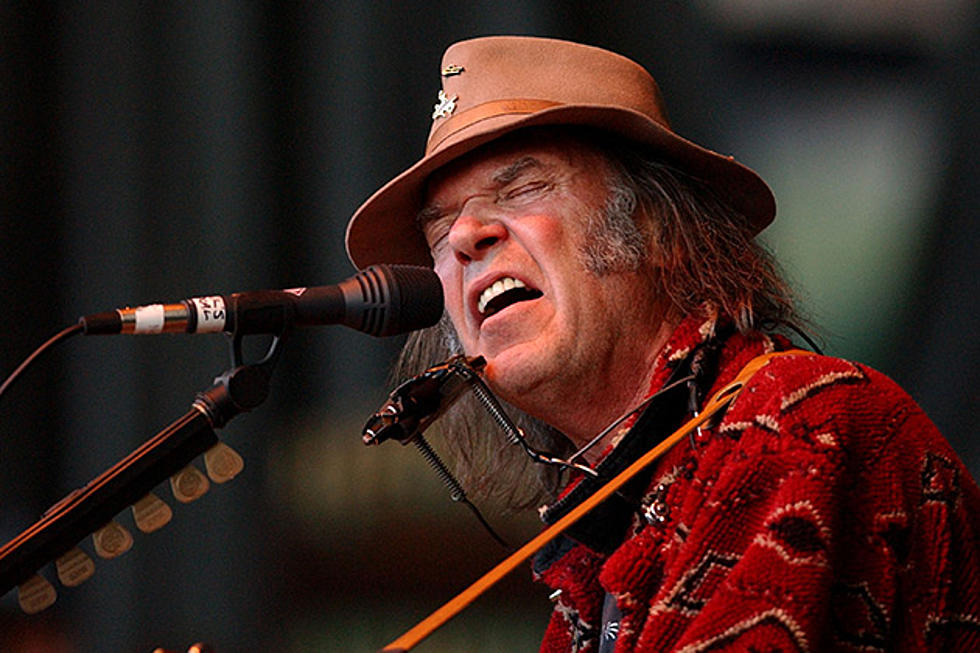 10 Best Neil Young Songs (Acoustic)