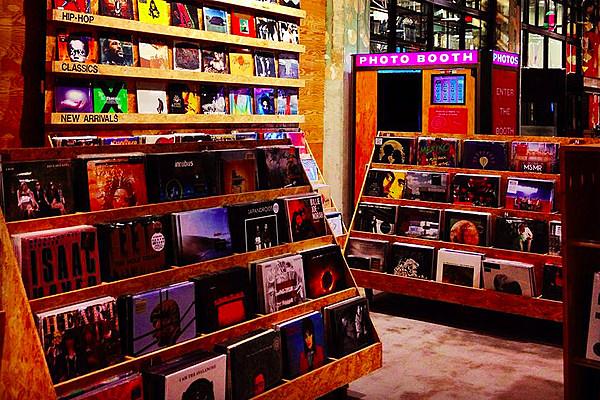 L A Scion Av Pop Up Shop To Feature Underground Vinyl