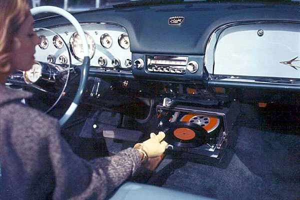 Portable Music The Early Years A Turntable For Your Car
