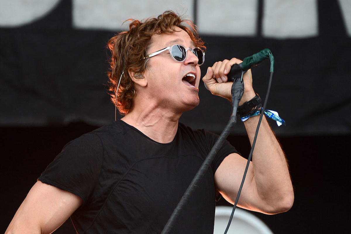 Listen to Third Eye Blind Cover Beyonce's 'Mine'