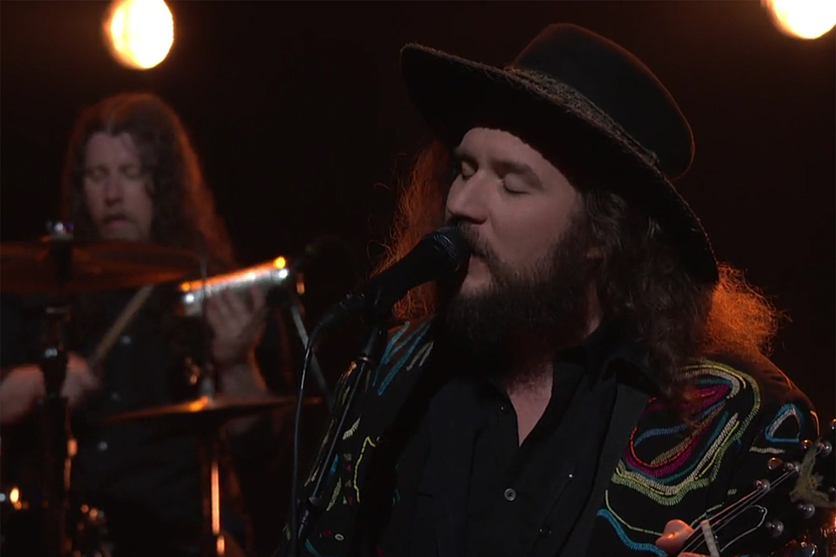 My Morning Jacket Play Believe Nobody Knows On Conan