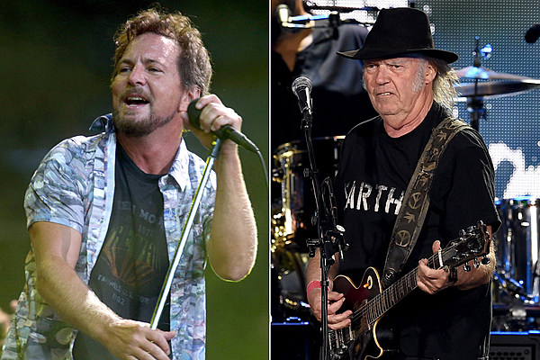 neil young to induct pearl jam into rock and roll hall of fame. Black Bedroom Furniture Sets. Home Design Ideas