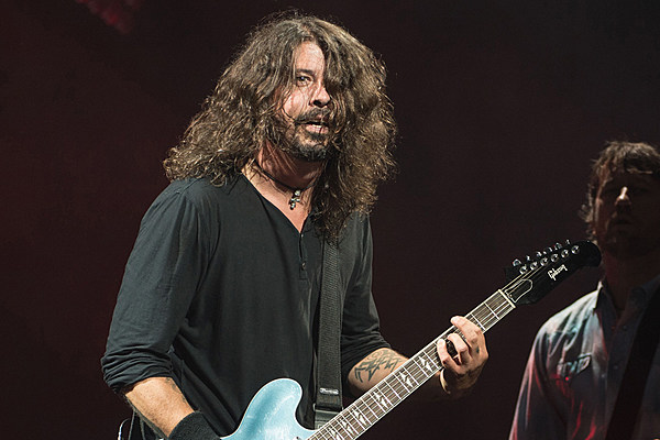 foo fighters release brand new song 39 soldier 39. Black Bedroom Furniture Sets. Home Design Ideas