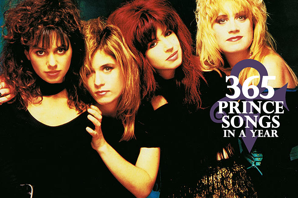 befdb2fc67c1d Prince Gifts the Bangles a Hit with 'Manic Monday'