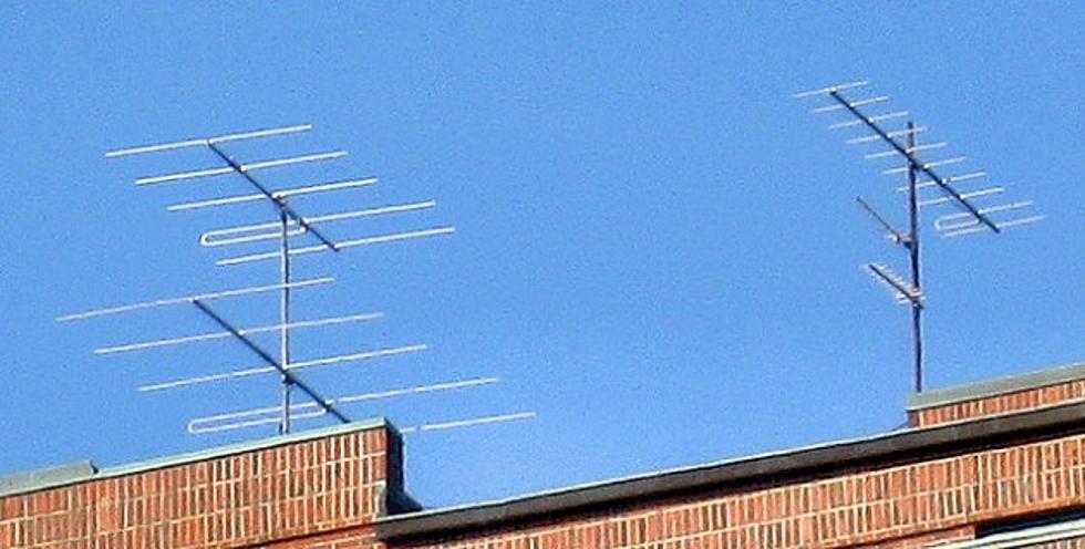 The Rooftop Dinosaur: the TV Antenna