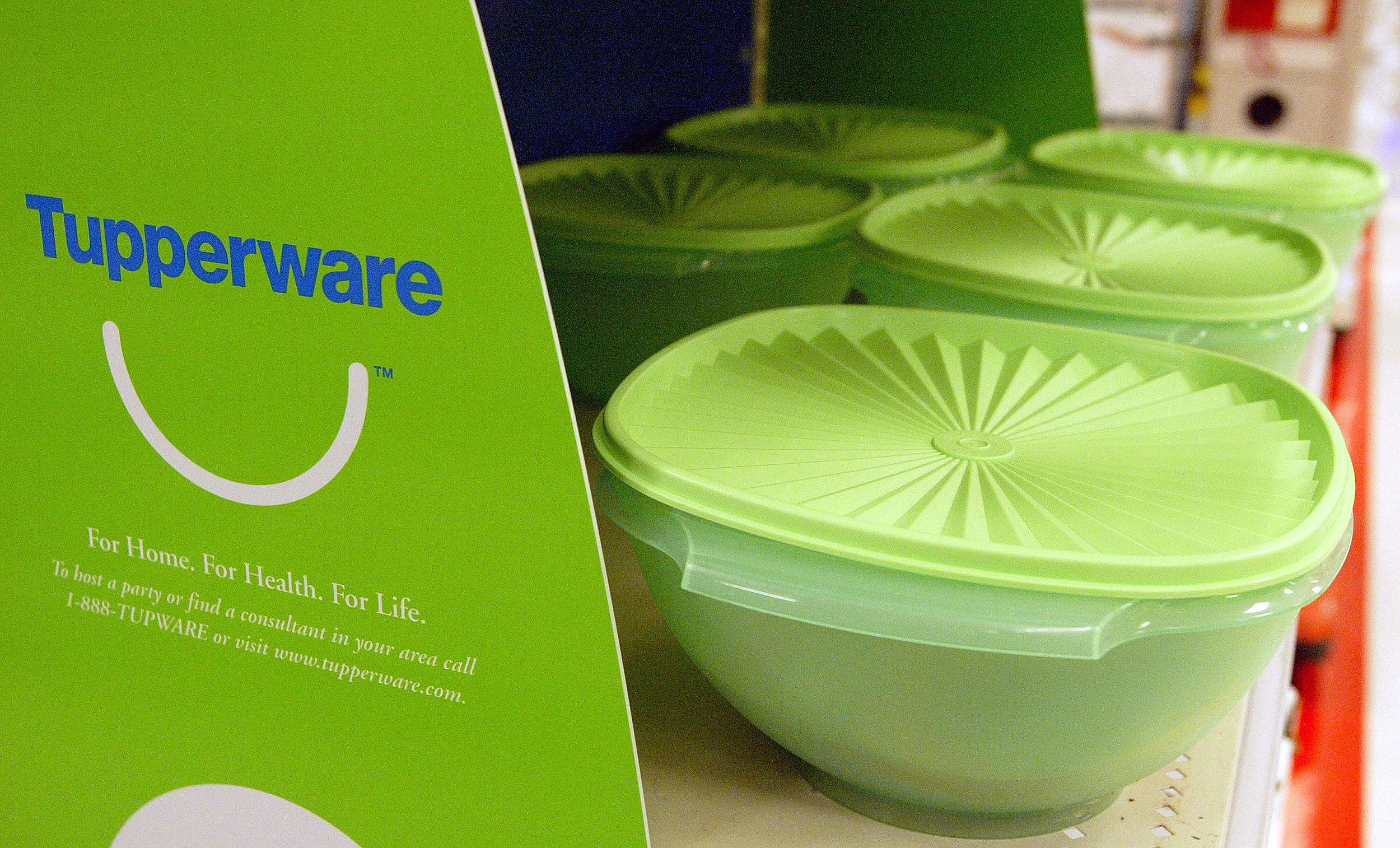 Your Old Tupperware Could Be Worth Hundreds Of Dollars