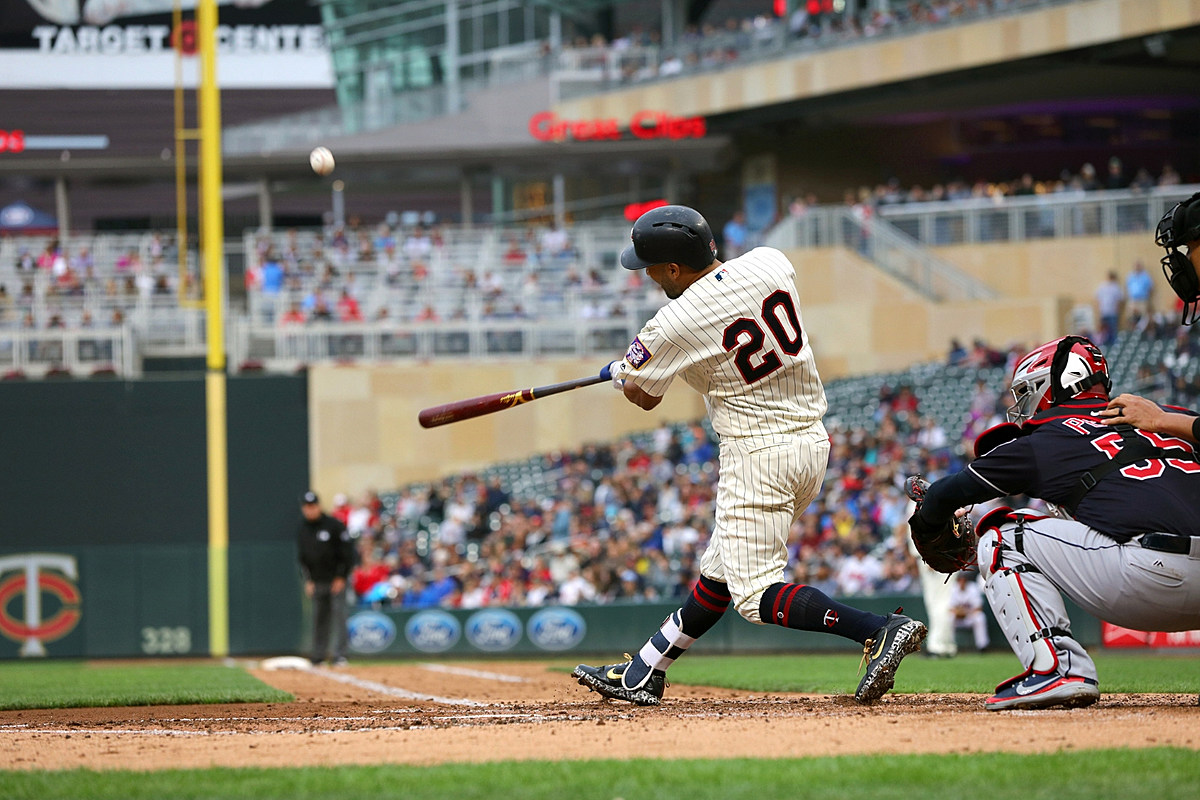 minnesota twins tickets on sale today for opening day. Black Bedroom Furniture Sets. Home Design Ideas