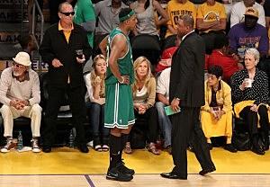 Jack Nicholson Adam Sandler Leave A Lakers Game In Disgust