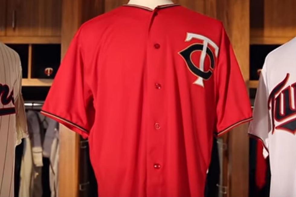 d5f5fd02 Minnesota Twins Debut Redesigned Home Alternate Uniform [PHOTOS]